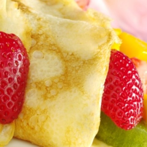 LATAM_Pancakes with a Twist Exoic Fruit_Free_shutterstock_70170310