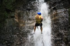cos05-waterfall-abseilling-free-caroline-maber