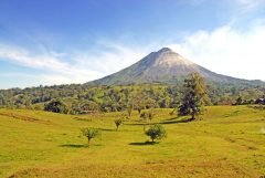 COS_Arenal_ShutterStock_freewithcredit