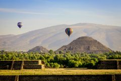 MEX_Teotihuacan_Balloons